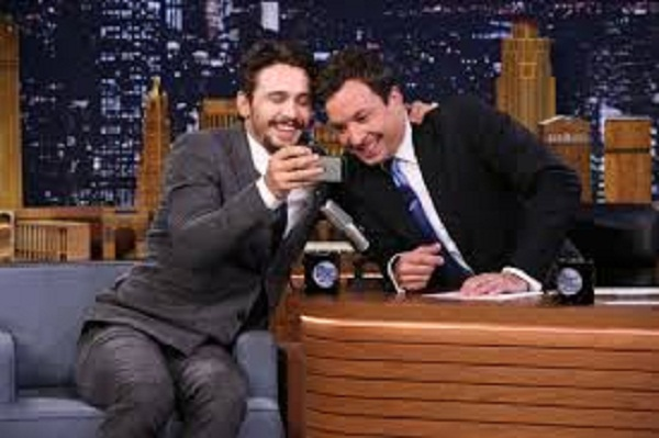 Watch Jimmy Fallon and James Franco Playing Movie Summaries Game of 5 Seconds 1