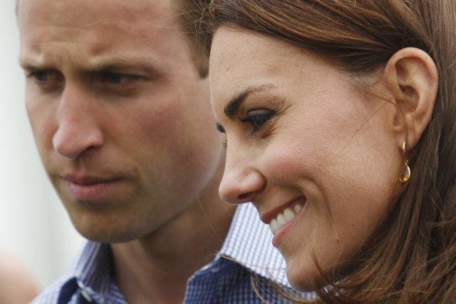 Watch Kate Middleton Playing Three Tins