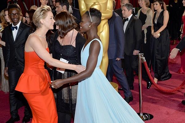 Lupita Nyong'o Voted By Jennifer Lawrence at 2014 Academy Awards 1