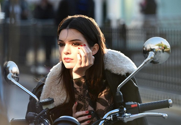Kendall Jenner- The New Face of Estée Lauder 1