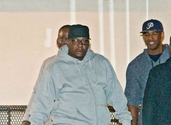 After Bobbi Kristina shifted to hospice Bobby Brown runs to his daughter's bedside 1