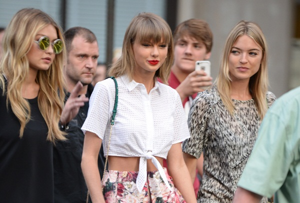 Taylor Swift Retorts back stating Kendall Jenner is the 'Mean Girl'