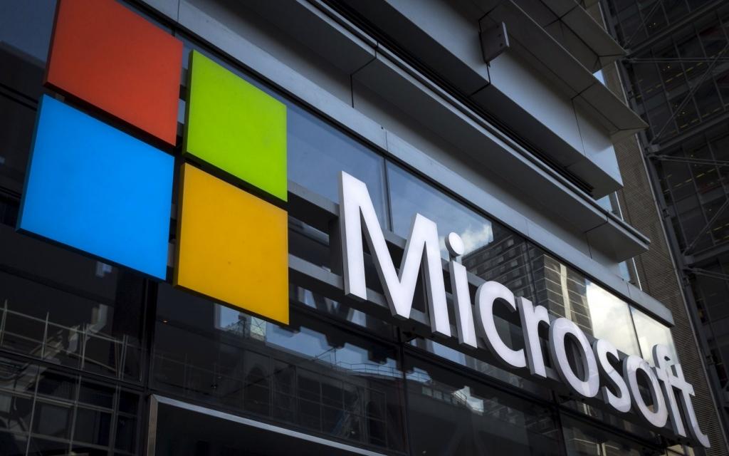 A fresh Start Microsoft's Windows 10 wins plaudits