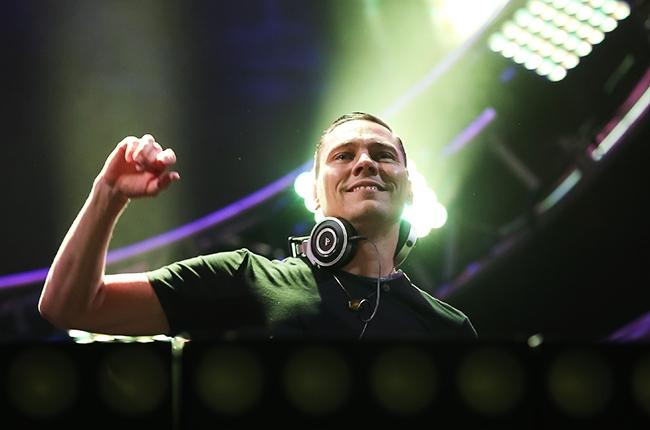 DJ Tiesto performs