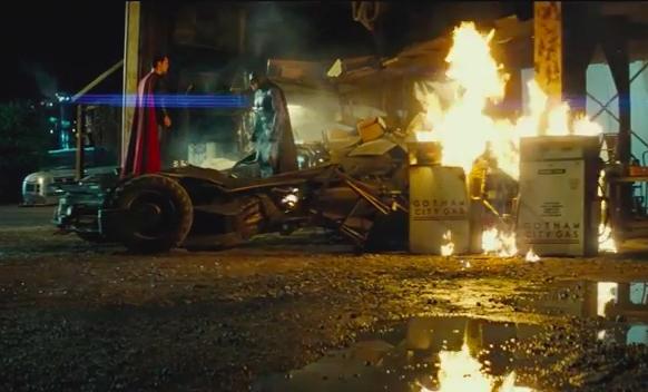 Here's the Batman V Superman Comic Con trailer