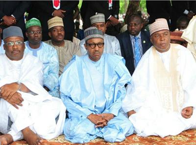Buhari prays