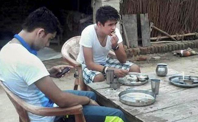 Priyanka Gandhi Vadra's Son Rehan Pays a Surprise Visit to Amethi