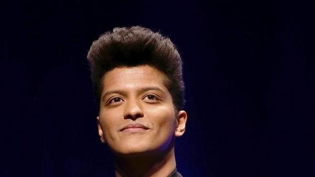Say what?.... Bruno Mars has jokingly taken a swipe at Ed Sheeran on Twitter echoing the Nicki Minaj  Taylor Swift spat
