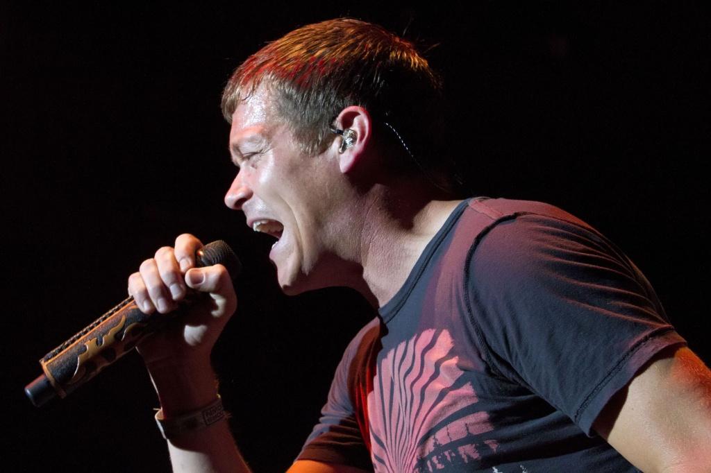 Singer Brad Arnold of 3 Doors Down in 2013
