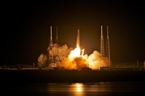 SpaceX Blastoff