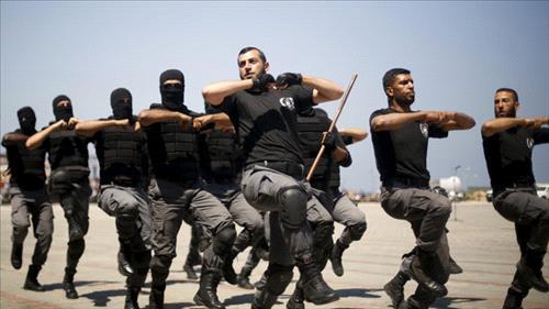 Egypt military pounds Sinai militants, kills 23