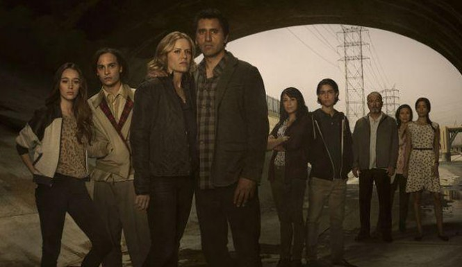 A 'Fear the Walking Dead&#039 scene shot reveals the show's extended family on the run