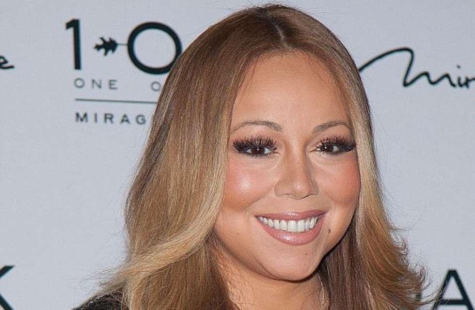 Mariah Carey wears $500m necklace in Vegas