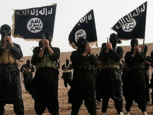 ISIS burns 4 Iraqi Shiite fighters