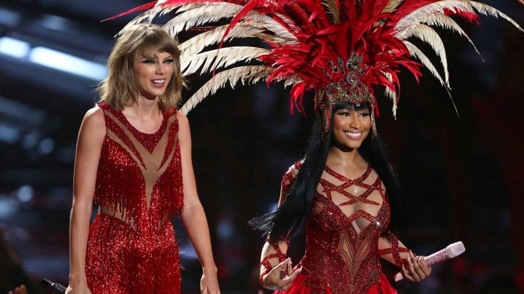 What Bad Blood? Taylor Swift and Nicki Minaj team up at the VMAs
