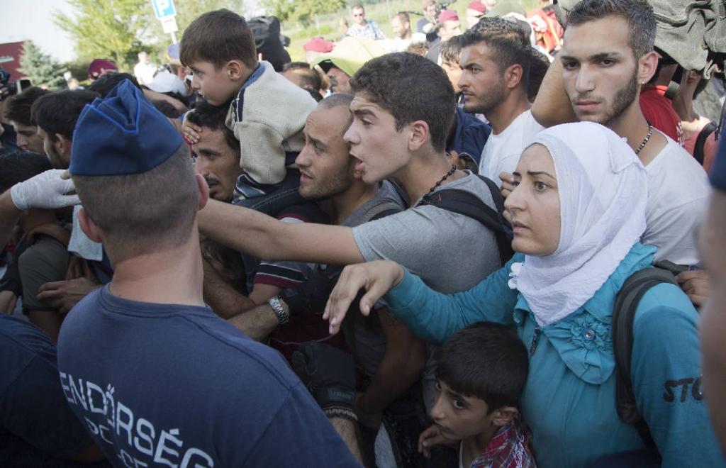 EU rebukes Hungary as refugee crisis tensions escalate