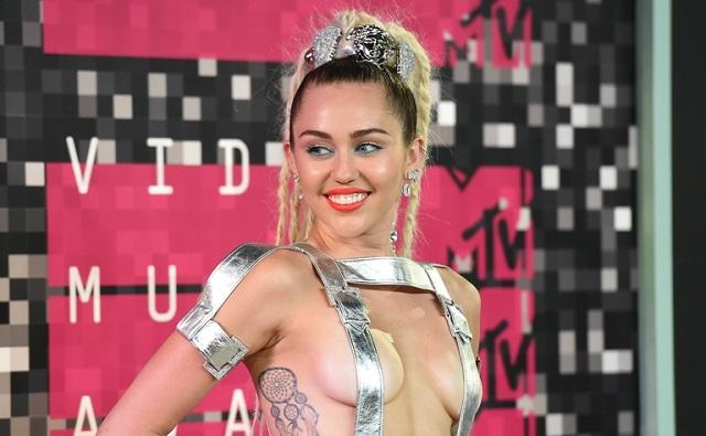2015 MTV Video Music Awards- Arrivals