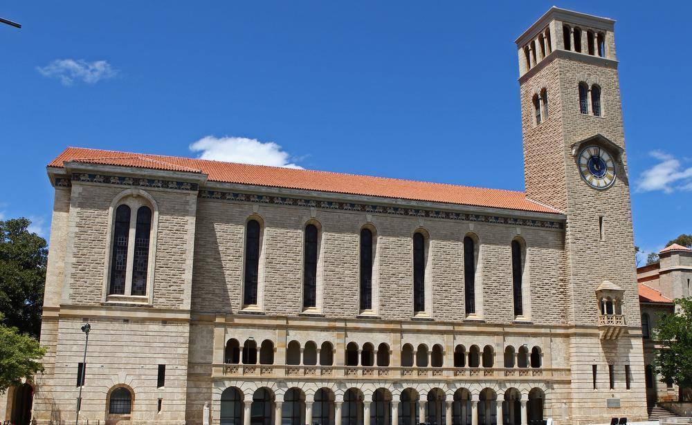 Shorten gives university funding guarantee
