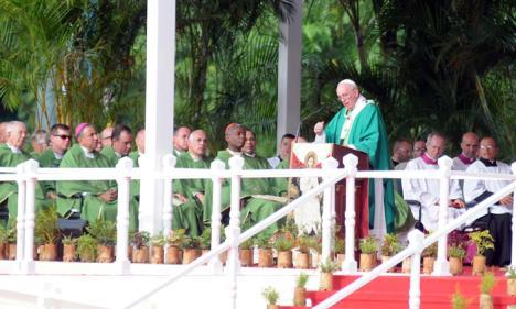 Pope Francis celebrates Mass in Havana
