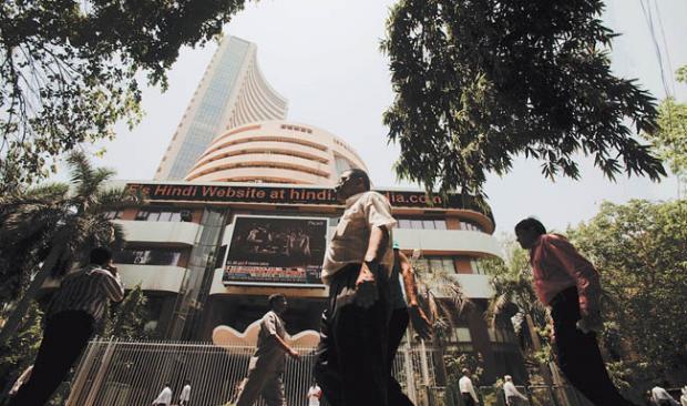 Markets halt 2-week gains on global growth scare