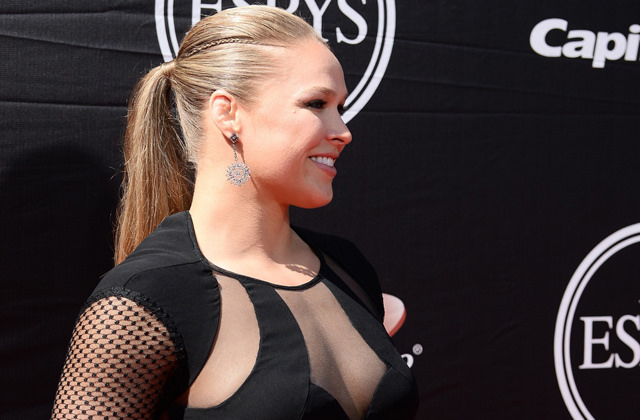 Ronda Rousey UFC fighter Will Play Patrick Swayze's Bouncer Role in a Road House Remake