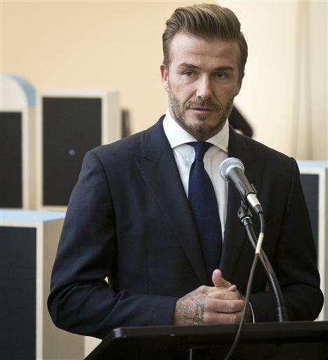 Sir Alex Ferguson, David Beckham to reunite for charity match at Old Trafford