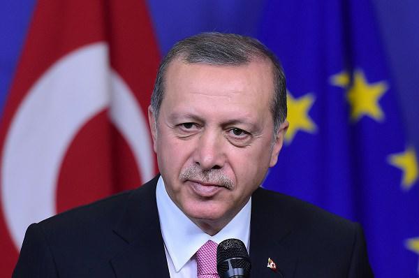Turkey urges EU action on Syria