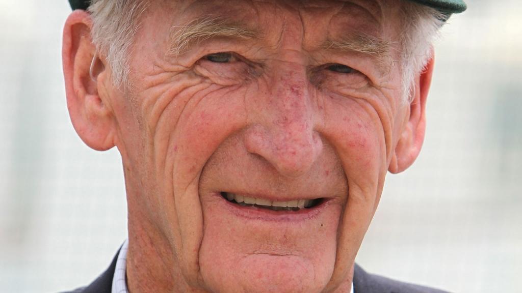 Former Australian spin-bowler Lindsay Kline has died aged 81