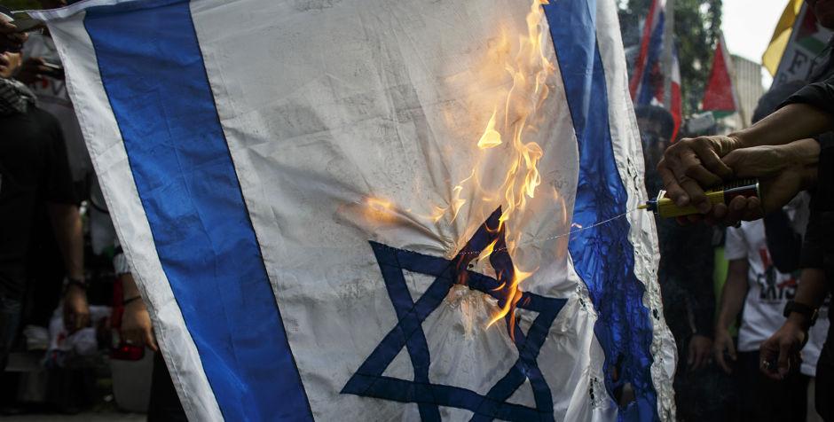 Israel's Benjamin Netanyahu didn't eat at a hotel because PM Nawaz Sharif was