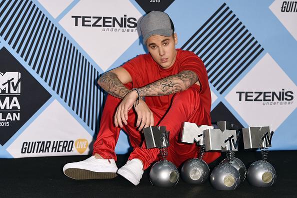 Justin Bieber Wins Big At The MTV European Music Awards