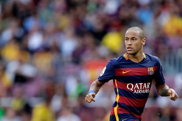 Neymar in his new clean shaven look