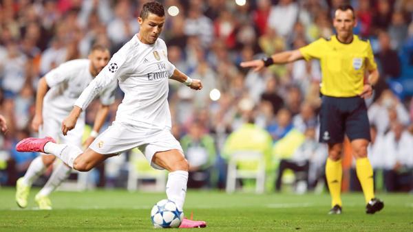 Ronaldo scores hat-trick