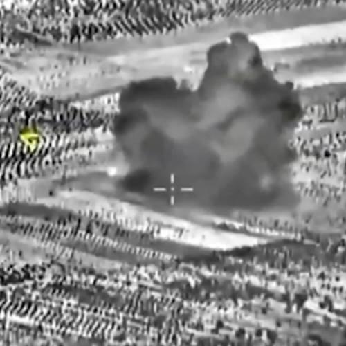 Airstrikes aim at non-ISIL targets