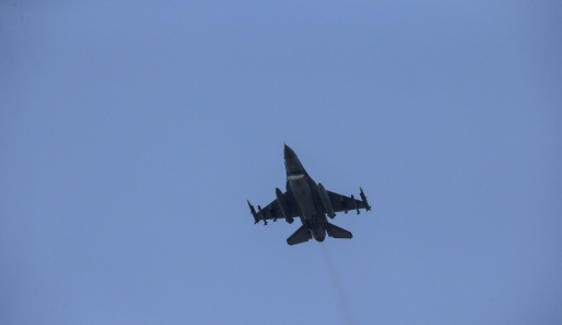 Turkey says intercepted Russian jet violating its air space