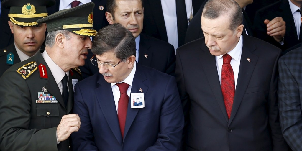 Turkey blames Kurdish rebels, Syria for Ankara attack