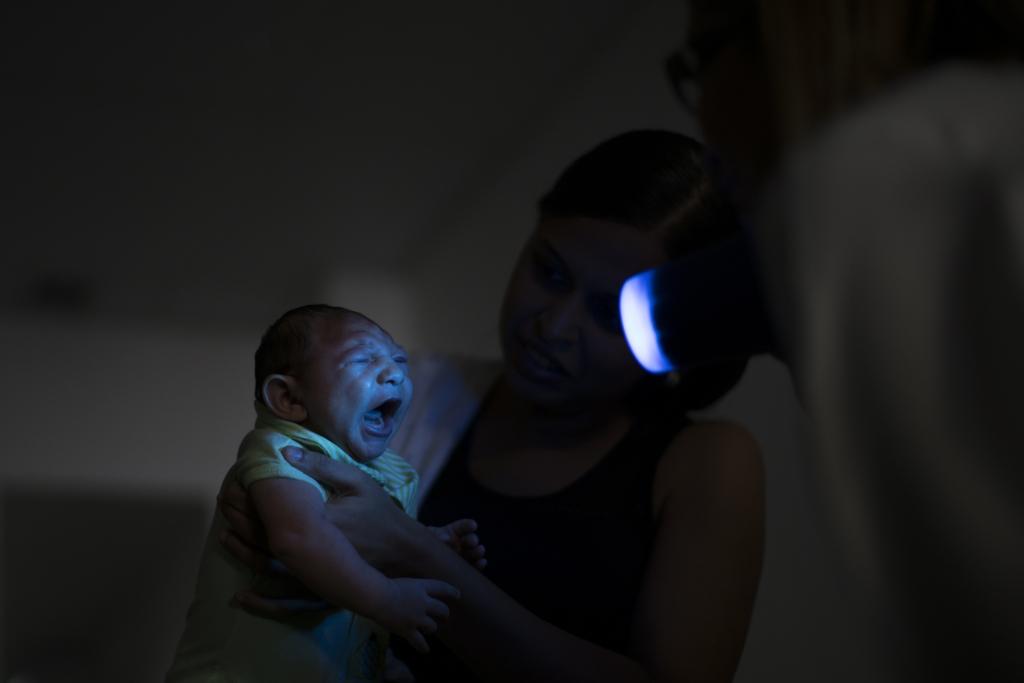 Senators want answers on Zika threat