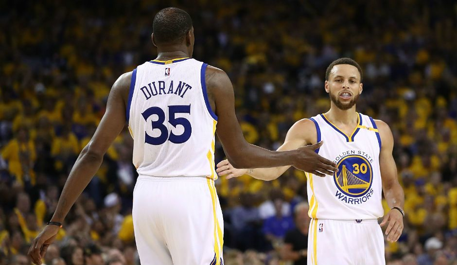 Warriors Vs. Spurs in the NBA Playoffs 2017