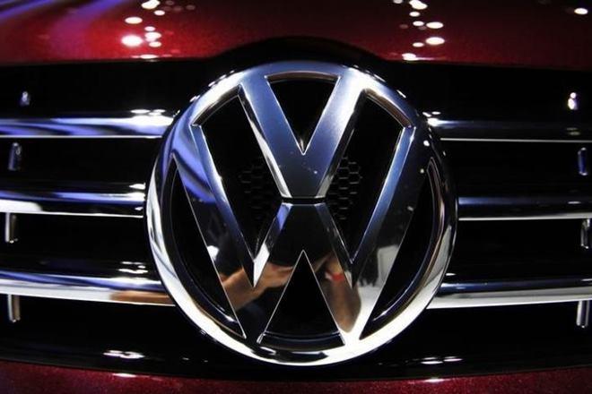 VolkswagenVolkswagen raises salessales goalrecovery gathers pacecost cuttingEurope's largest automakerlong struggling VW brandlargest revenue generator