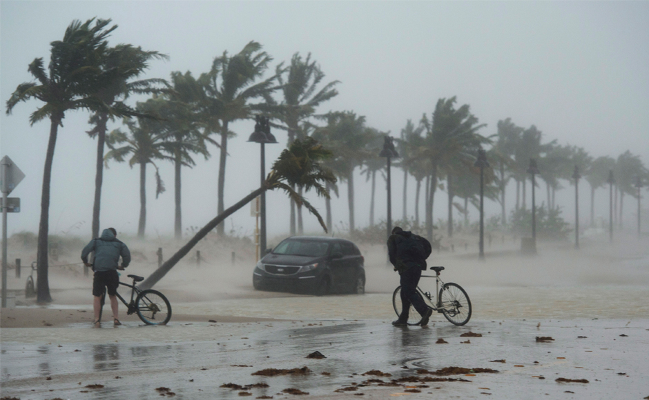 Hurricane Irma wreaks havoc as it passes through Florida mainland