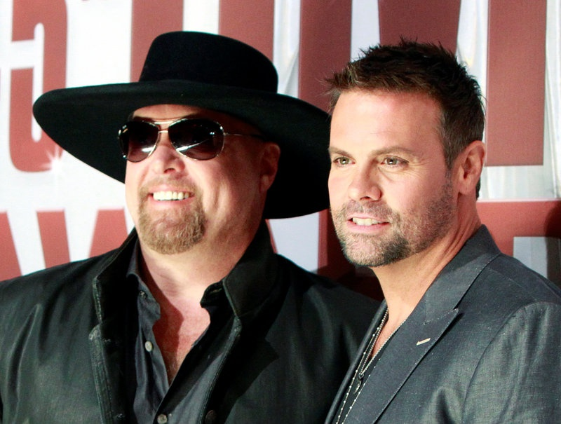 Montgomery Gentry Eddie Montgomery and Troy Gentry arrives at the 45th Country Music Association Awar