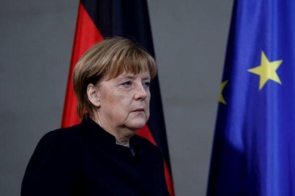 Merkel suggests Iran-style nuclear talks to end N Korea crisis