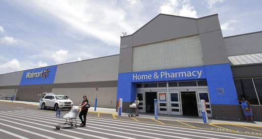 Wal-Mart promises 30-second returns in stores, as Amazon tries to catch up