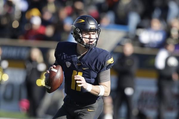 Toledo quarterback Logan Woodside