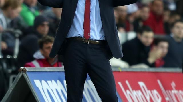Mark Hughes backs Southampton to maintain focus on survival bid