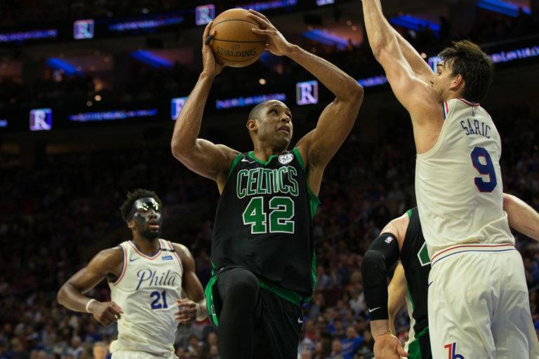 Confetti prematurely drops in Philly, Boston takes 3-0 lead