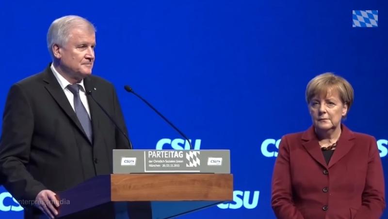 Глава МВД ФРГ Зеехофер выдвинет ультиматум Меркель