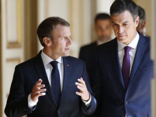Эммануэль Макрон призвал ввести санкции против стран которые отказались принять мигрантов