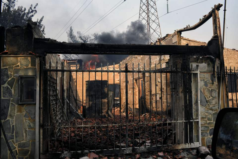 PICS: Death Toll Rises as Wildfires Ravage Greek Coast