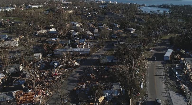 Weakening Hurricane Michael Swirls Over North Carolina in Satellite Images